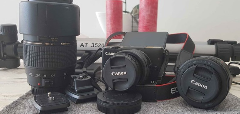 Canon M10 Mirrorless Camera and Lenses