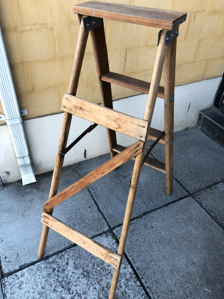 4 Step Vintage Solidwood Handyman's Ladder for general and decor use