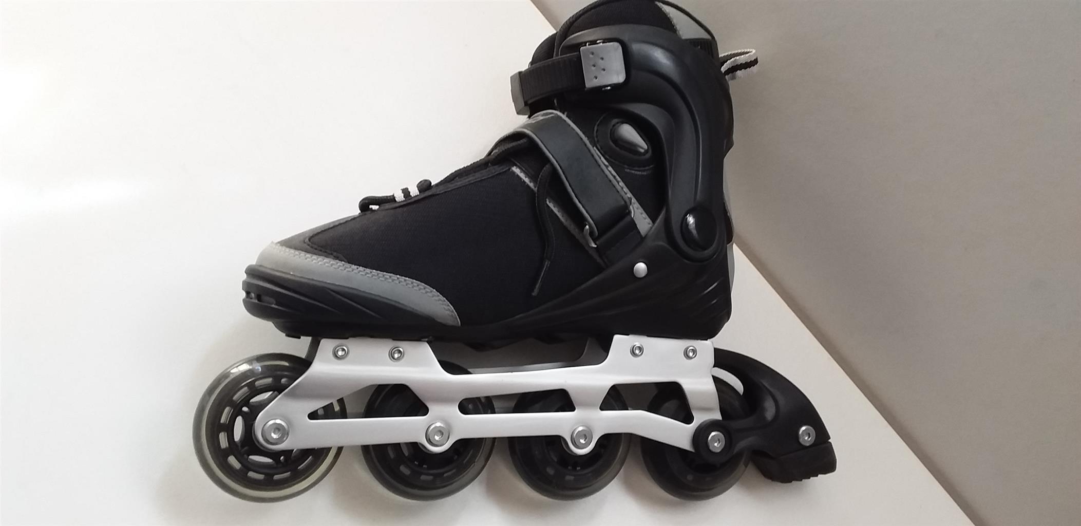 Maxed In Line Skates