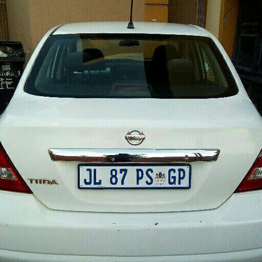 2012 Nissan Tiida sedan 1.6 Visia+ auto
