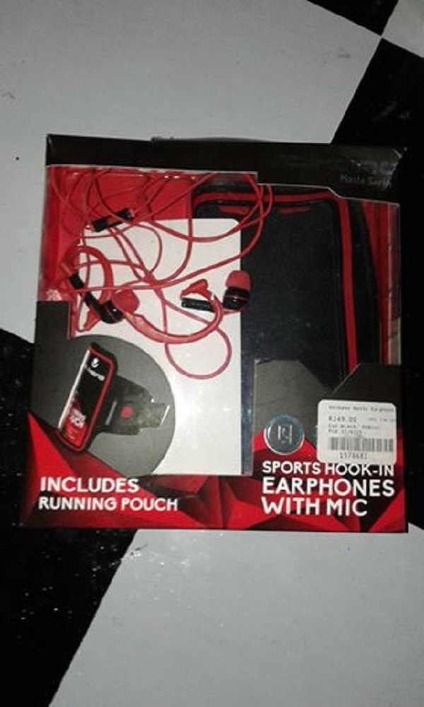 Pouch, Ear Phones & Charger For Sale
