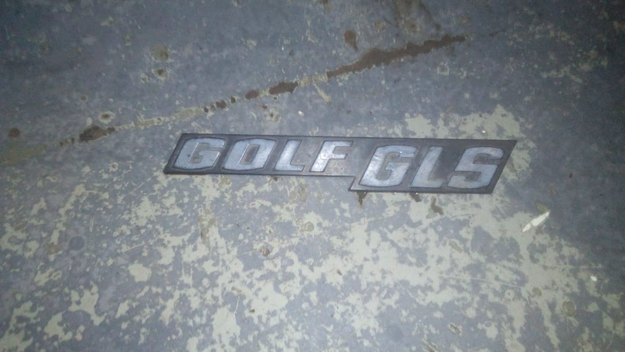 Vw golf gls badge