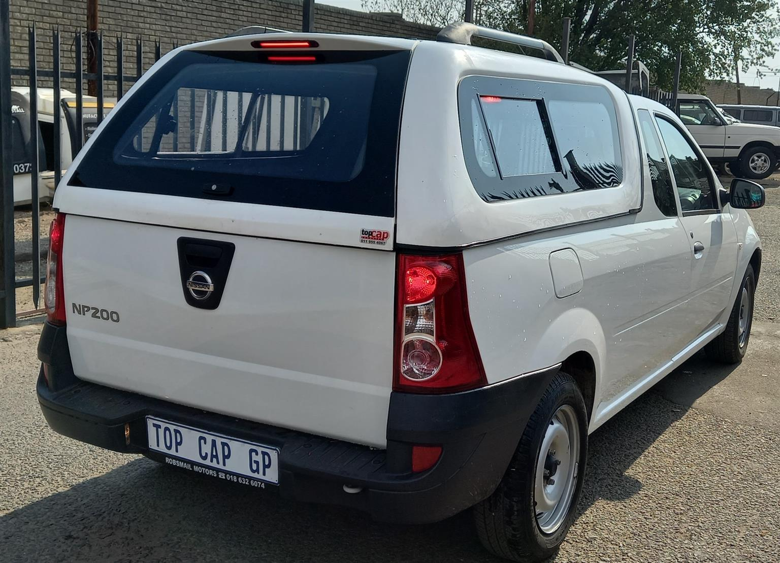 NISSAN NP200 GALAXY CANOPY WITH INTERIOR B/LIGHT AND R/RACKS