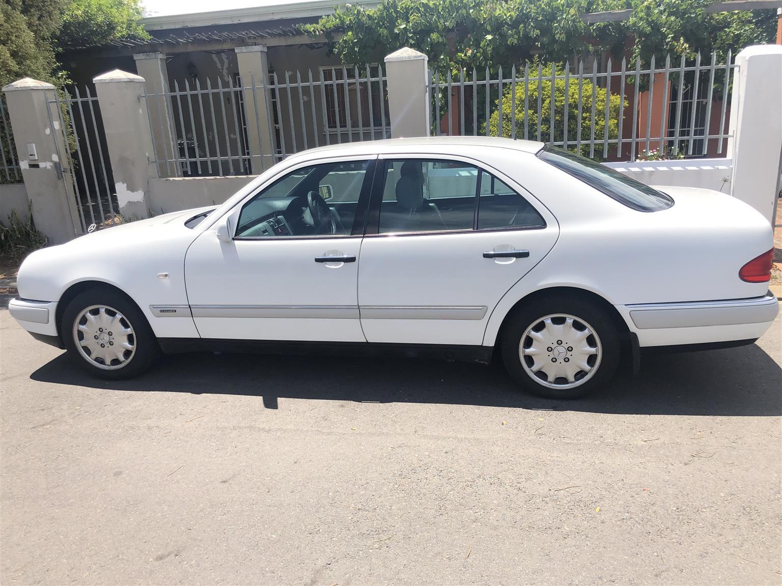 1998 Mercedes Benz E Class E280 Elegance