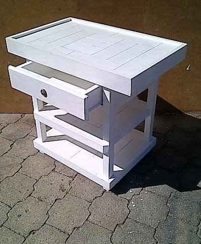 Compactum Farmhouse series 930 Change-over table with drawer and shelves white washed