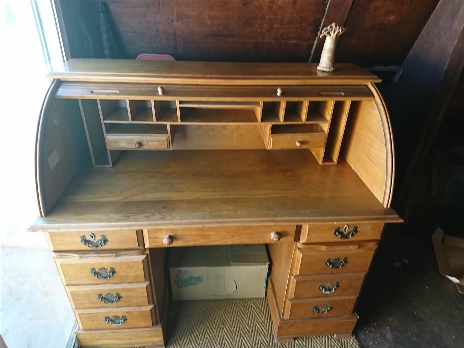 Oak Writing Bureau (Desk)