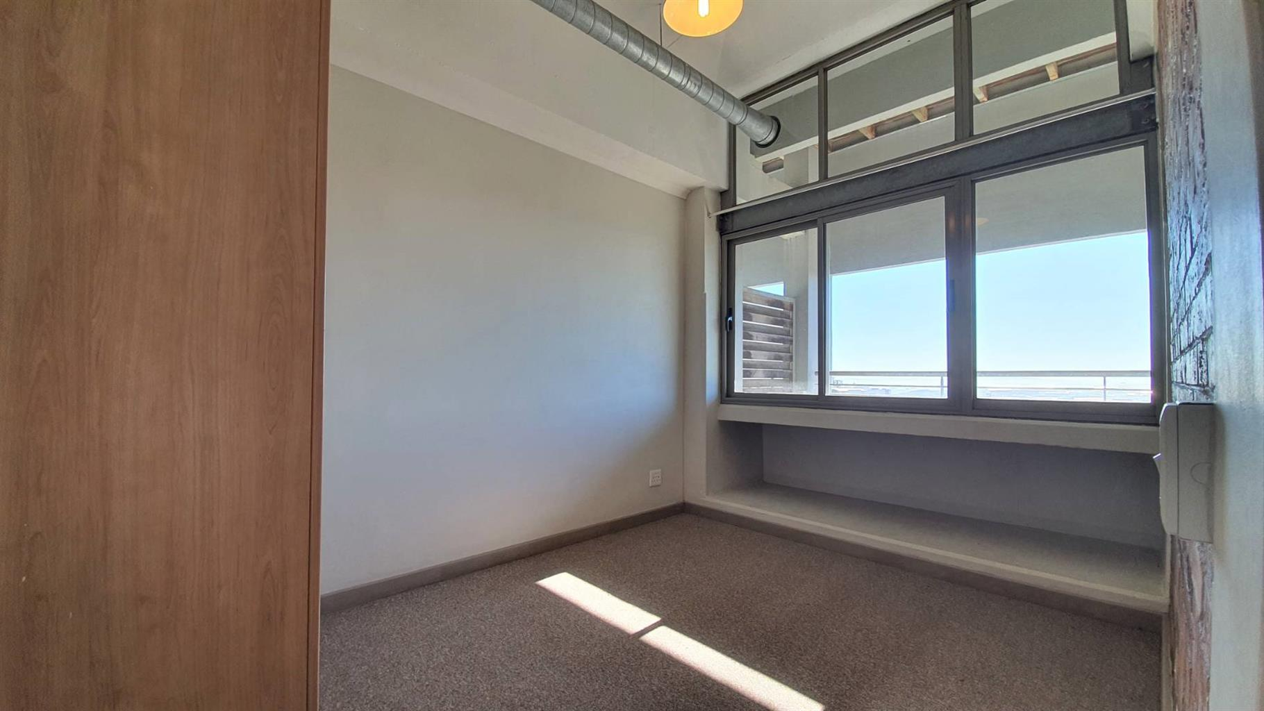 Apartment For Sale in Woodstock