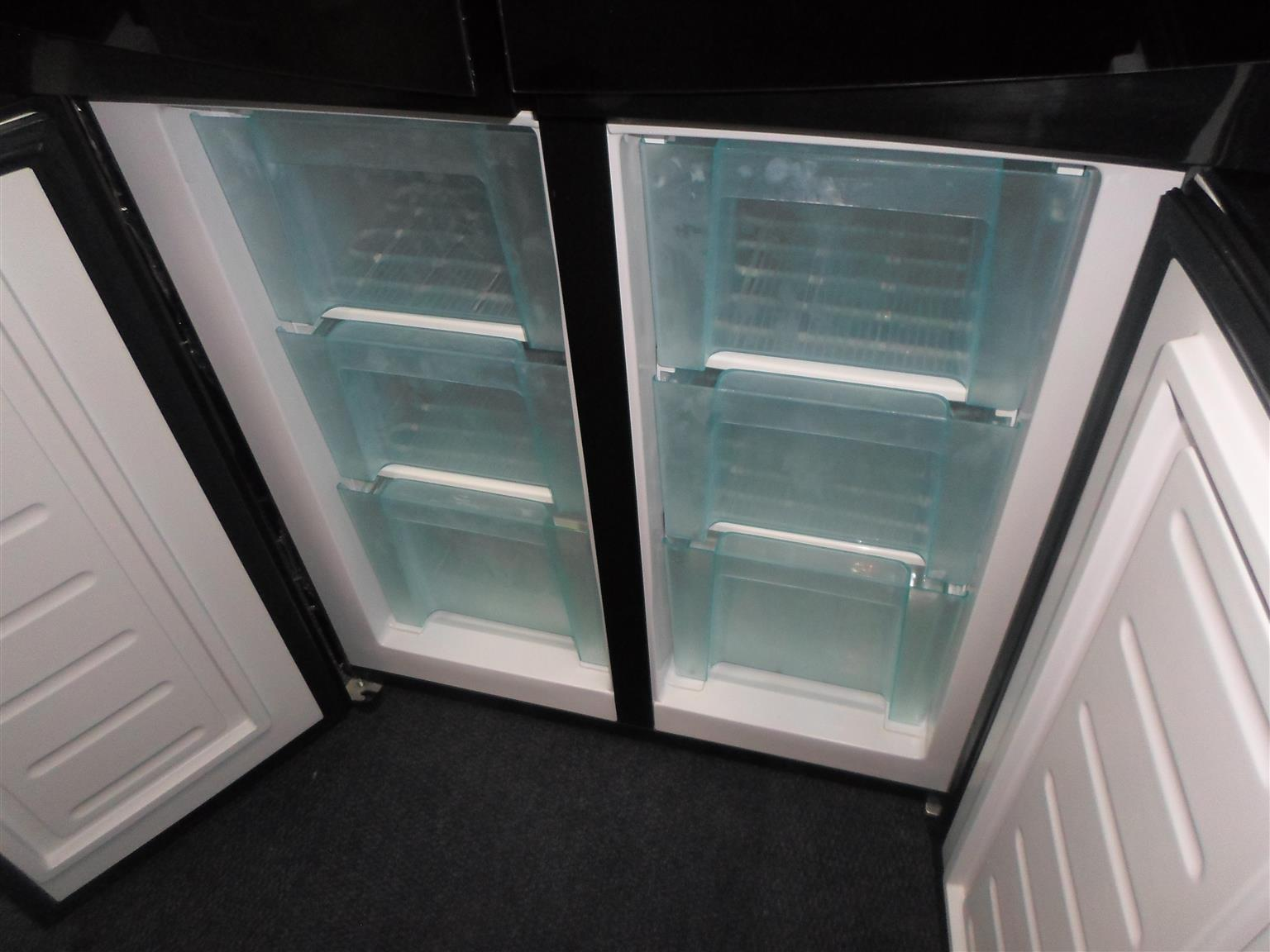 Sansui Fridge / Freezer - C033050101-1