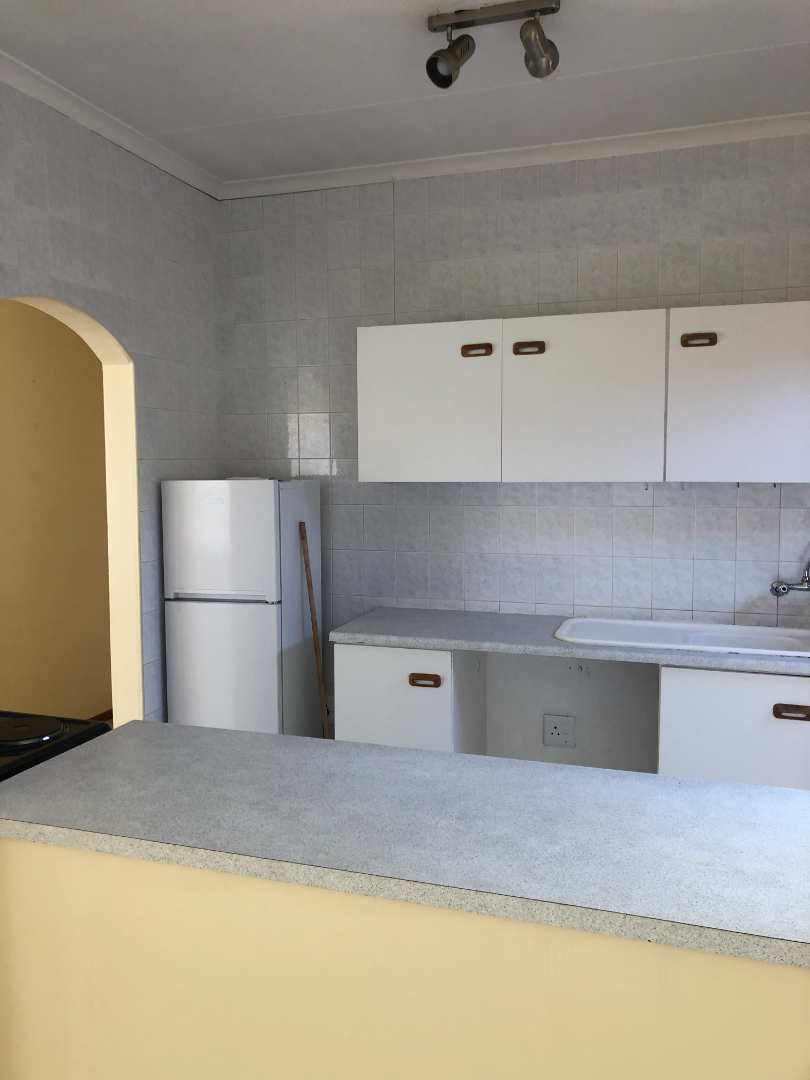 Townhouse Rental Monthly in Summerstrand