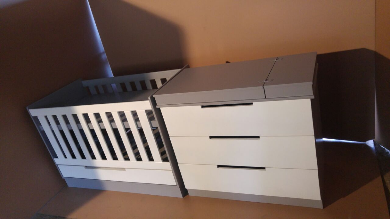 Square Line Baby Cot and Compactum - WD 01