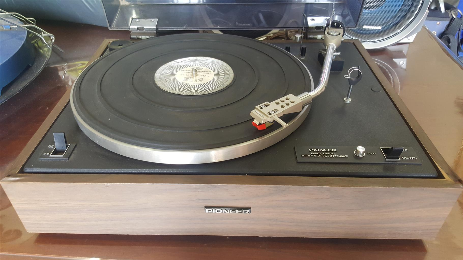 Turntable Pioneer  Belt Drive Stereo Turntable  Model:PL-15