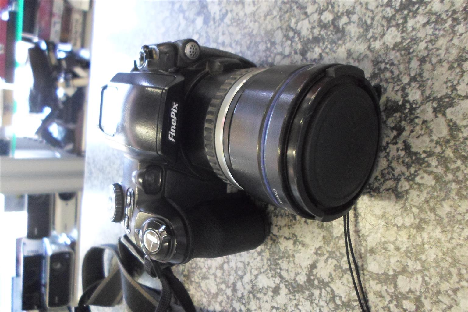 Fujifulm S5000 Finepix Digital Camera
