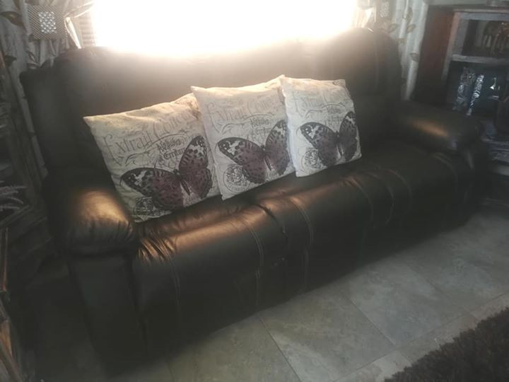 3,2,1 seater lounge suite dark brown