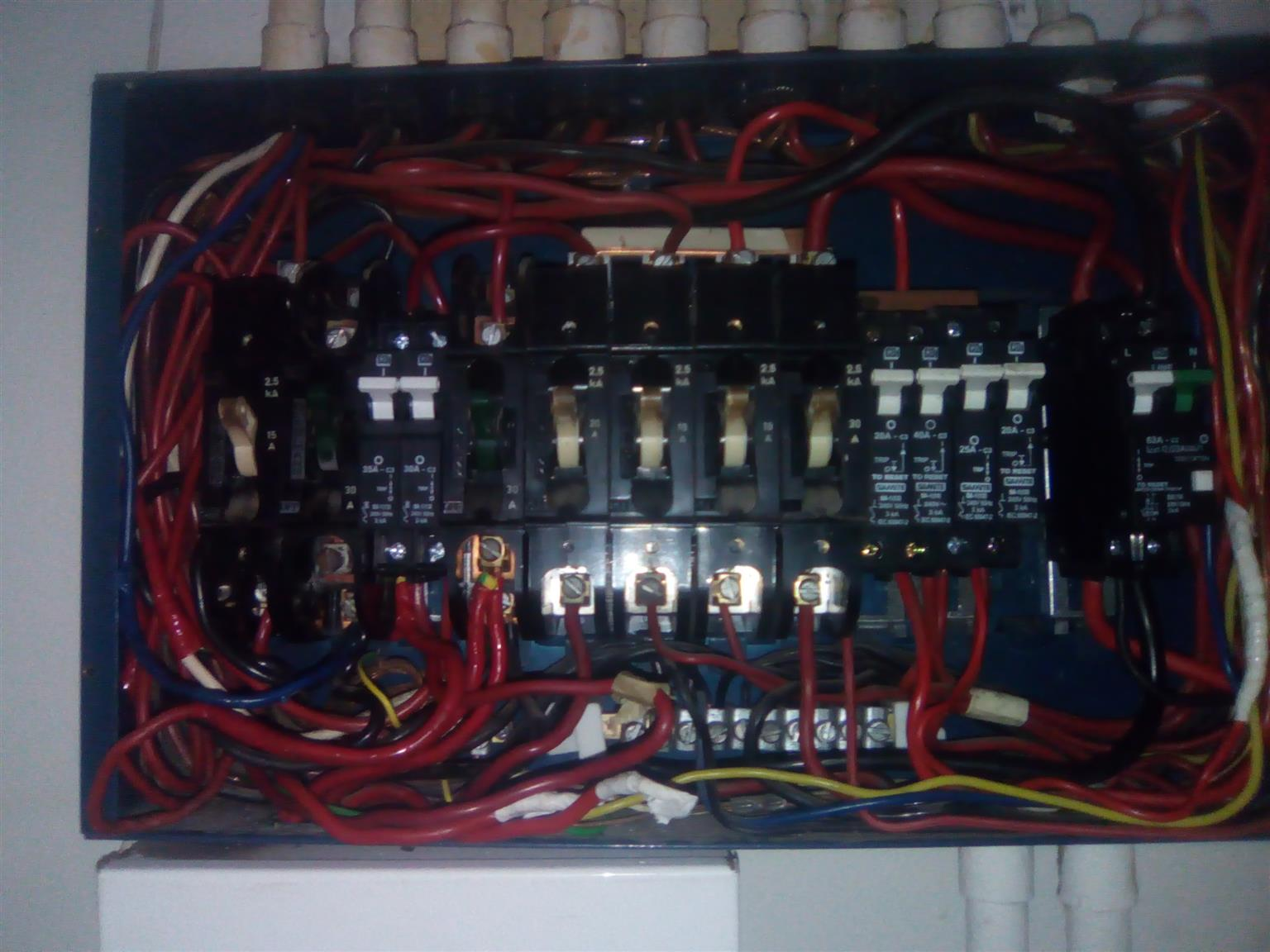 ELECTRICIANS IN CHANTELLE CALL 0738230383