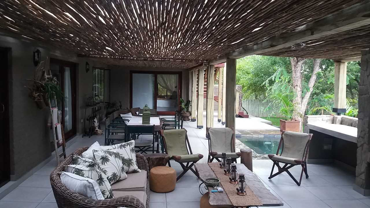 3 bedroom 2 bathroom house for sale in Hoedspruit Wildlife Estate