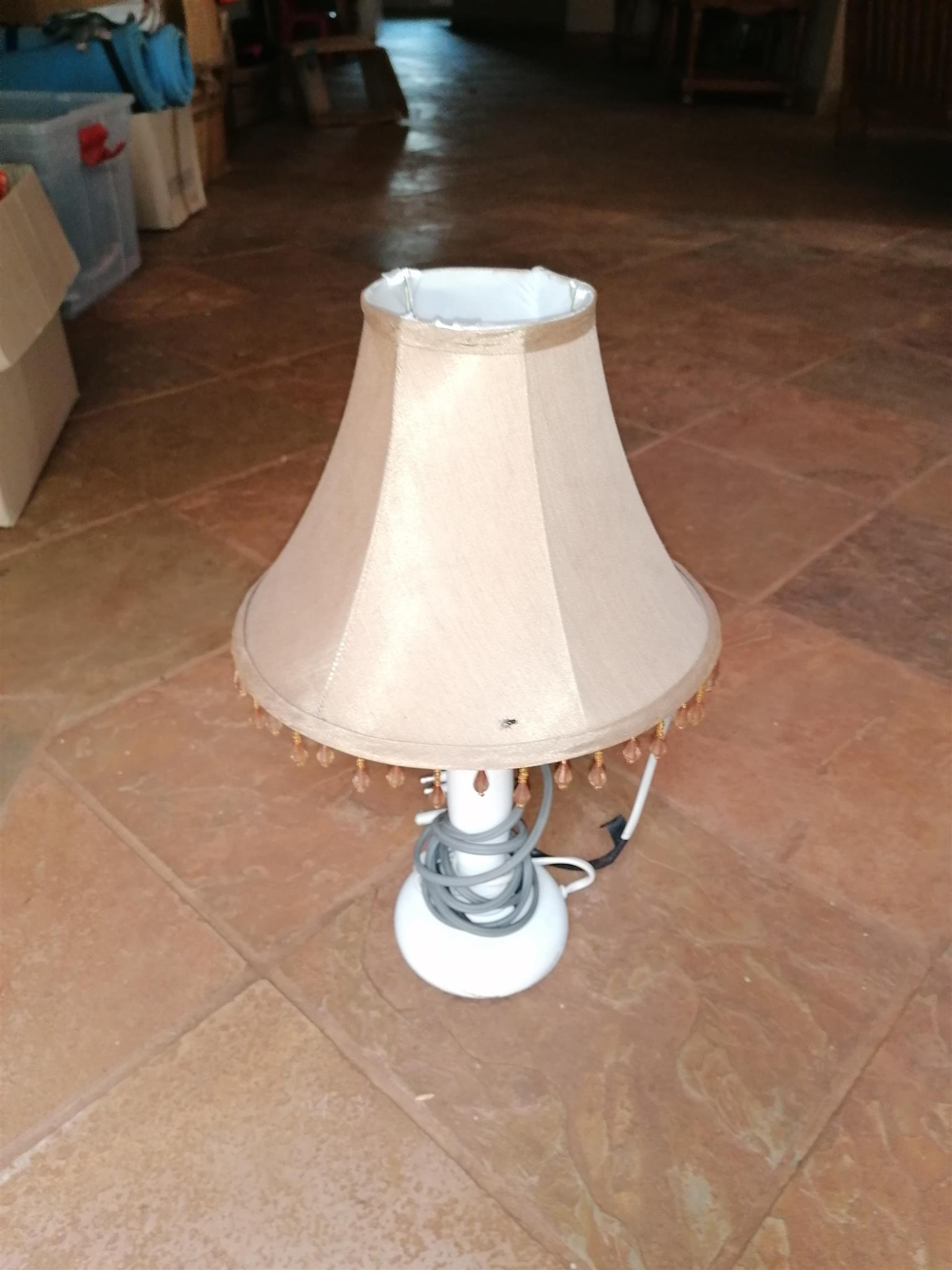 Selling 3 bed side lamps