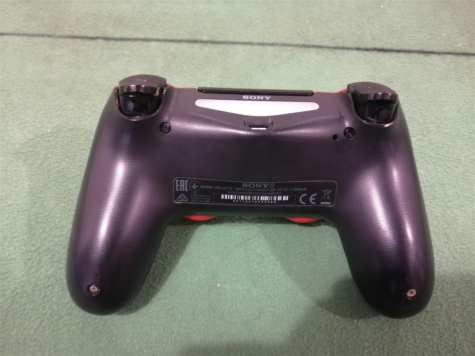 Ps4 controller excellent condition