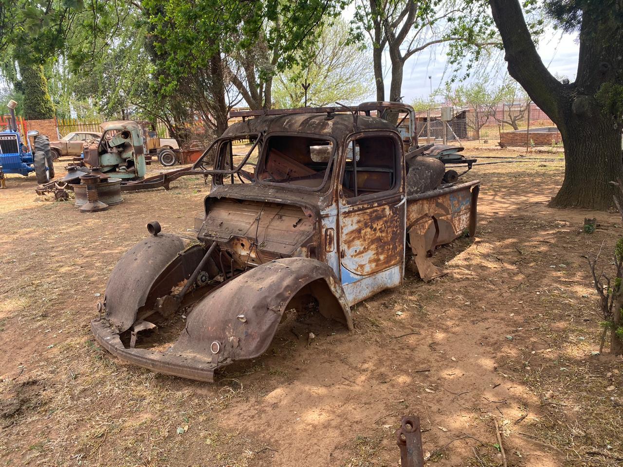 bedford pickup body