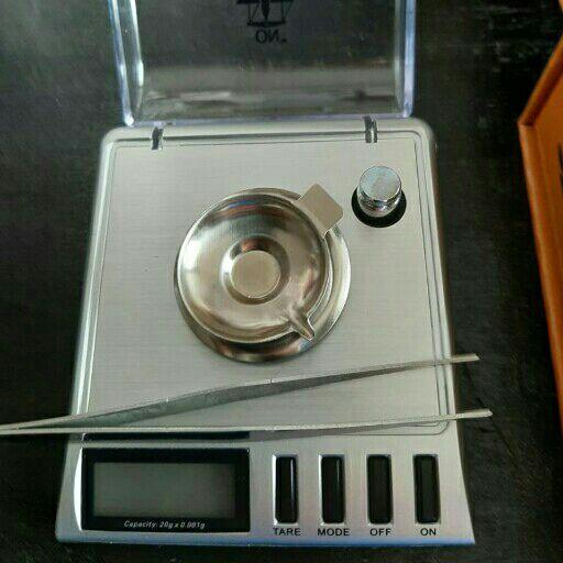 Diamond Pocket scales