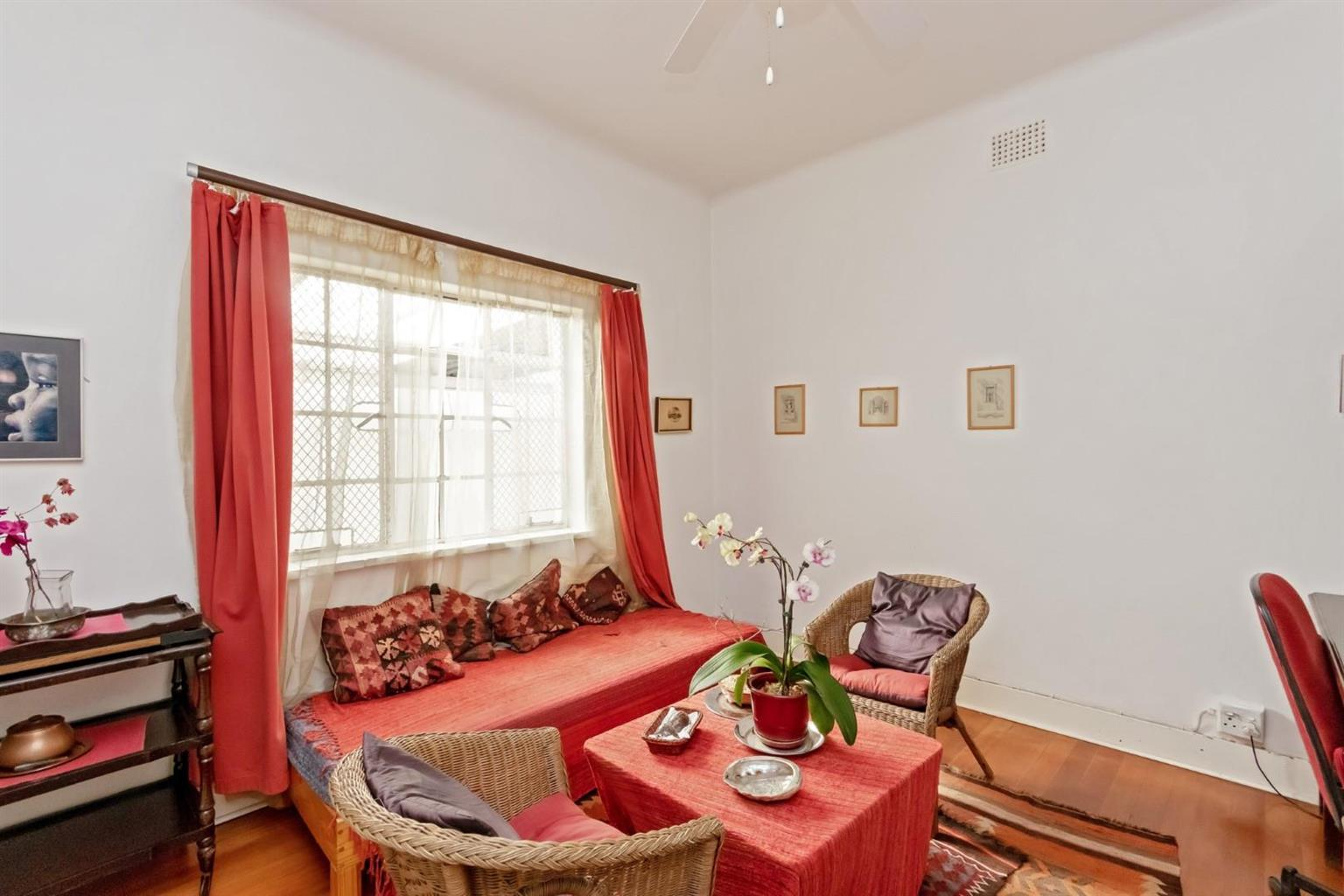 House For Sale in Orchards