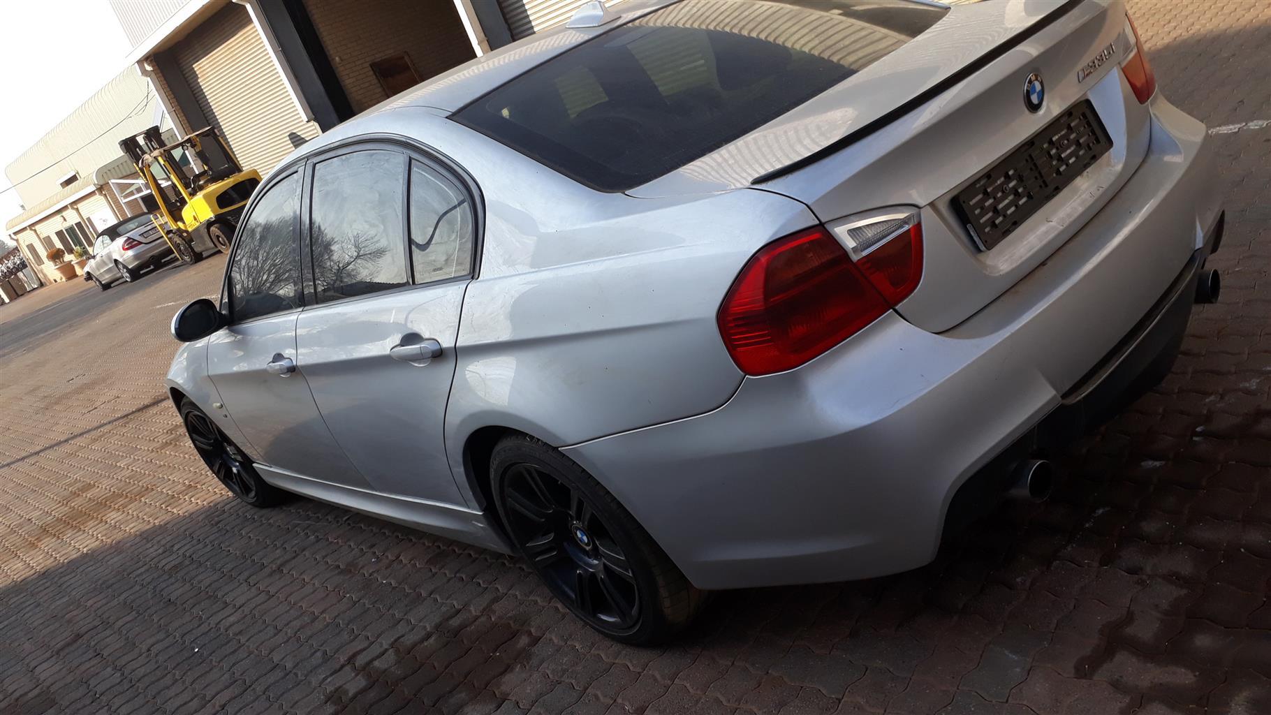 E90 335I A/T BMW