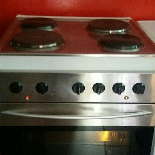 STAINLESS STEEL 4 PLATE FREE STANDING PLUG IN STOVE FOR SALE