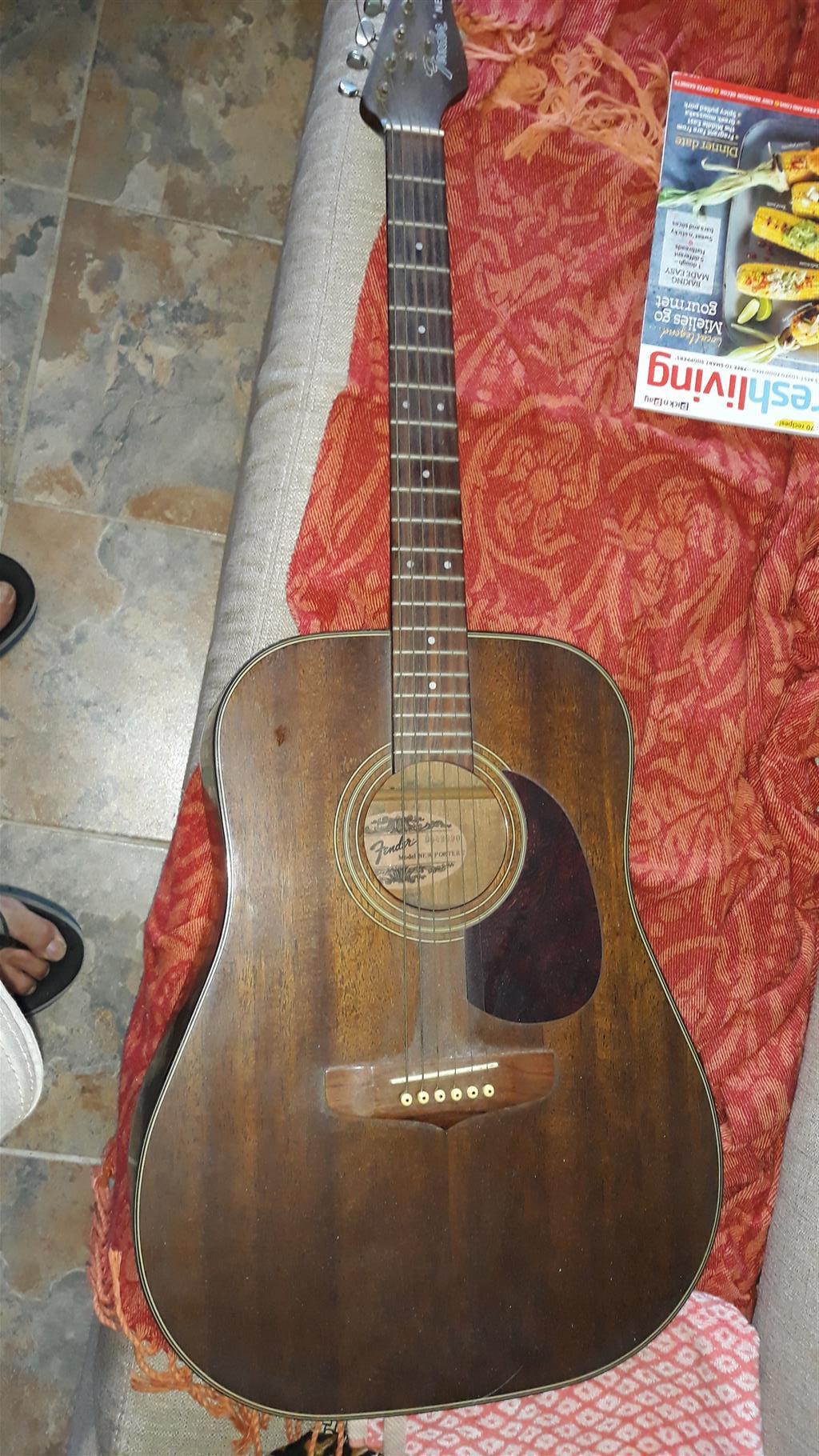 Fender Newporter II Guitar