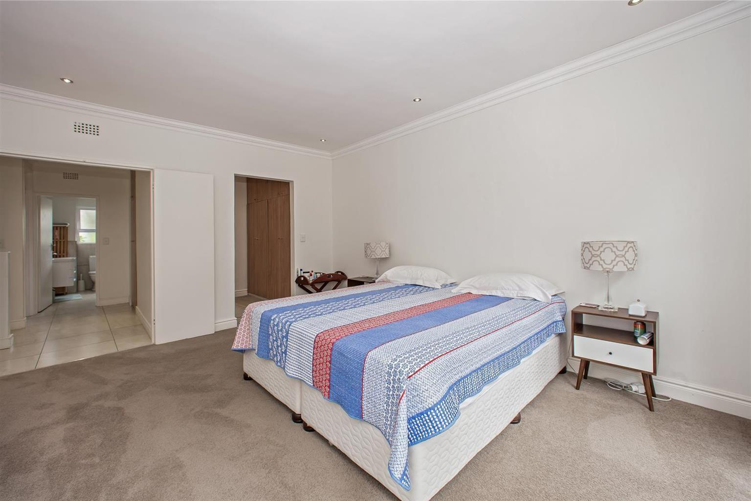 Townhouse For Sale in Illovo