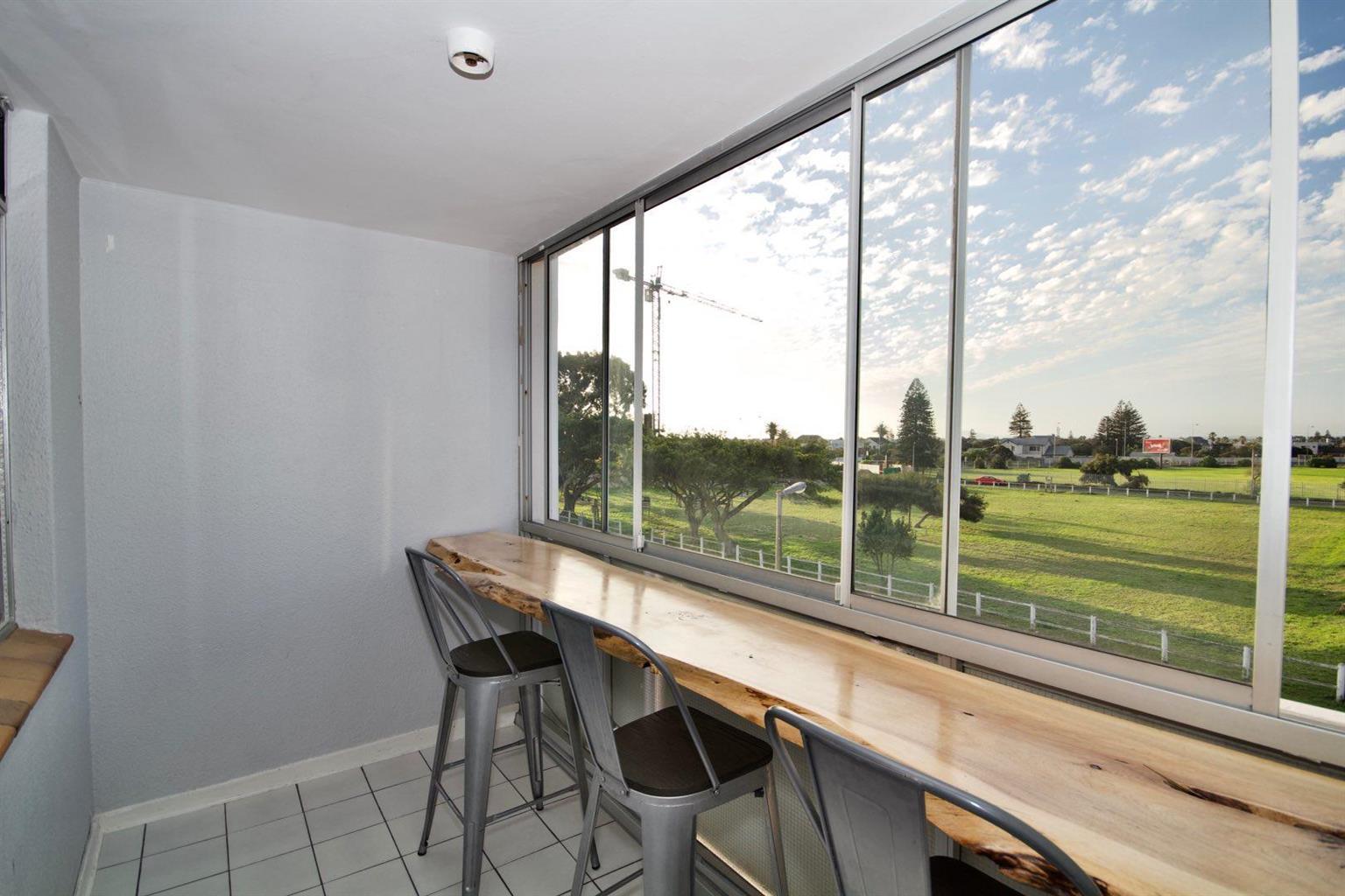 Apartment For Sale in Milnerton