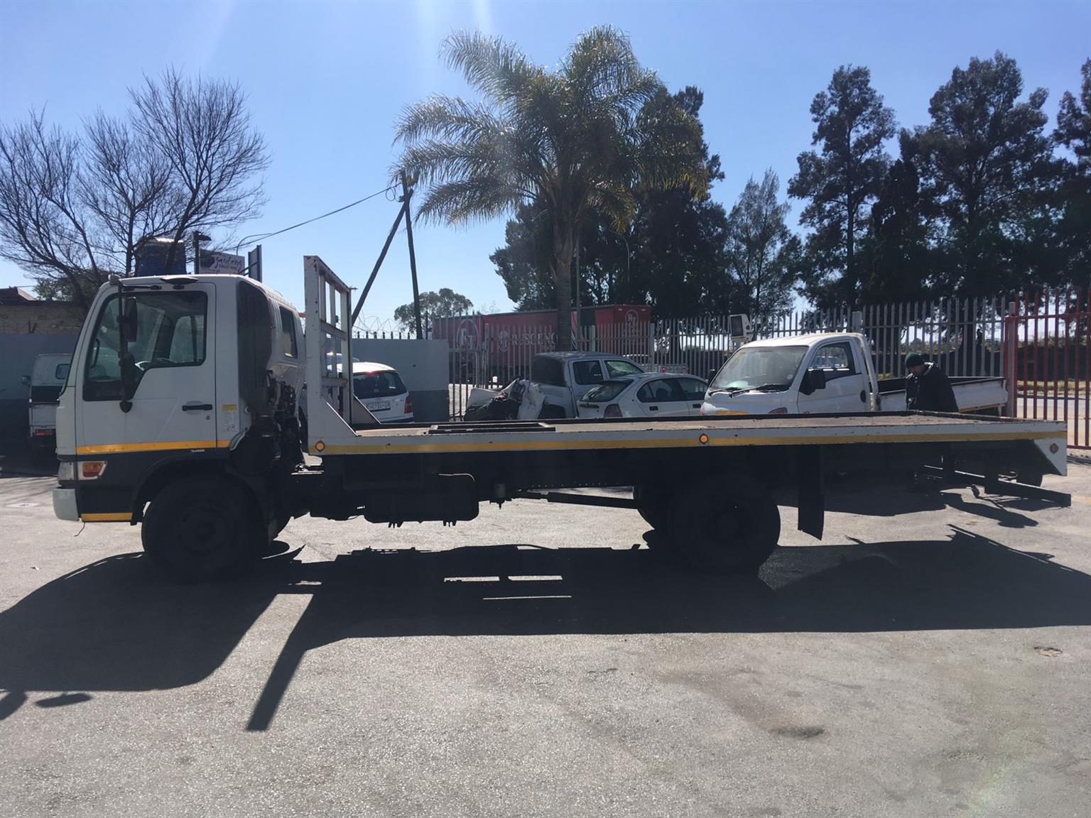 2002 HINO 500 1326 (BD5) 4X2 F/C FOR SALE