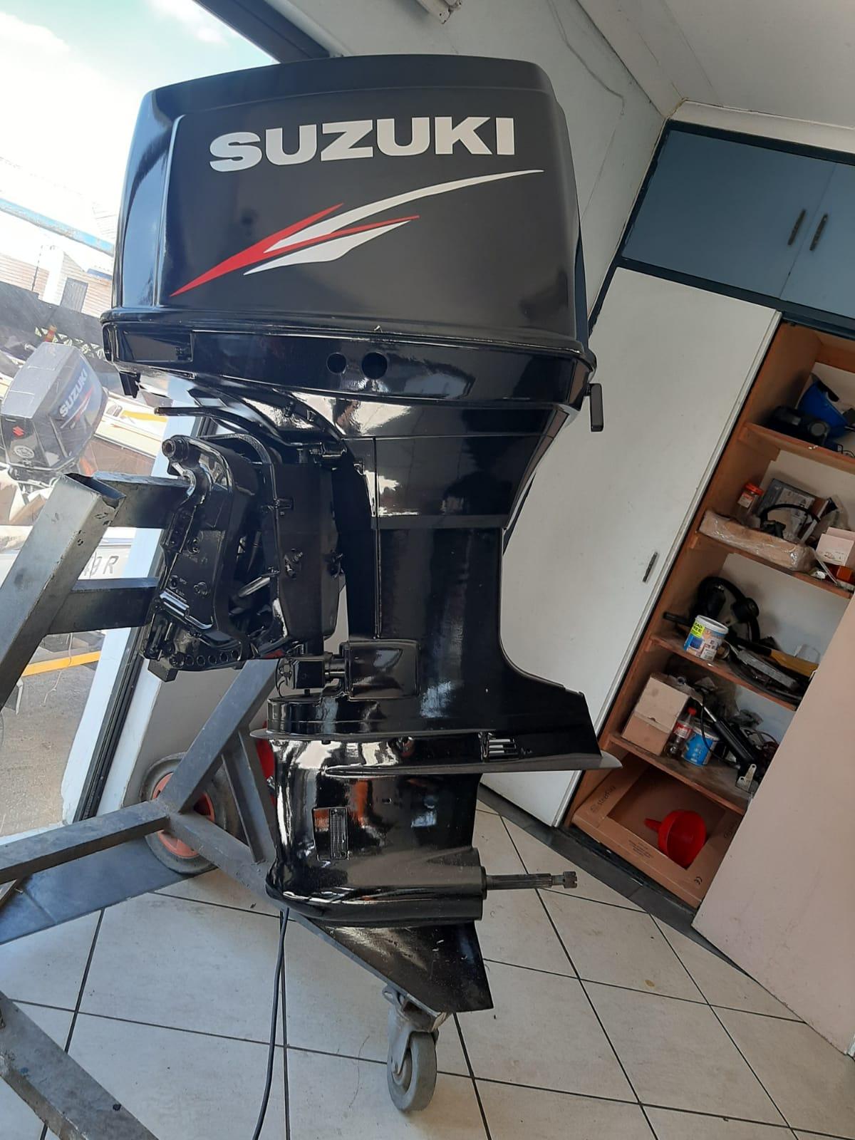 suzuki 200 outboard engine
