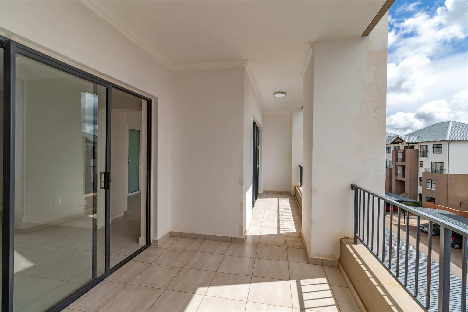 Apartment For Sale in Wilgeheuwel