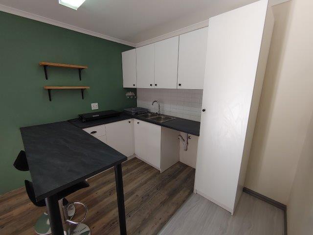 Cottage Rental Monthly in Amalinda