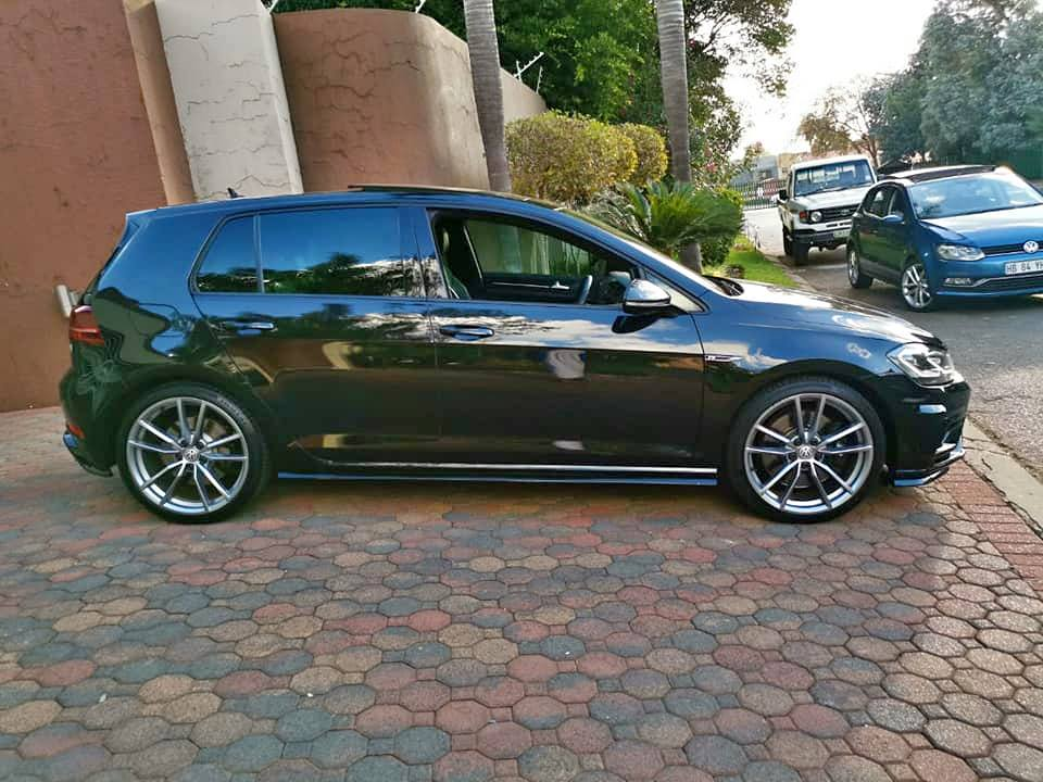 2018 VW Golf R | Junk Mail