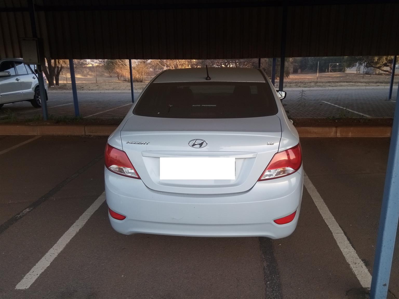 2016 Hyundai Accent sedan 1.6 Motion