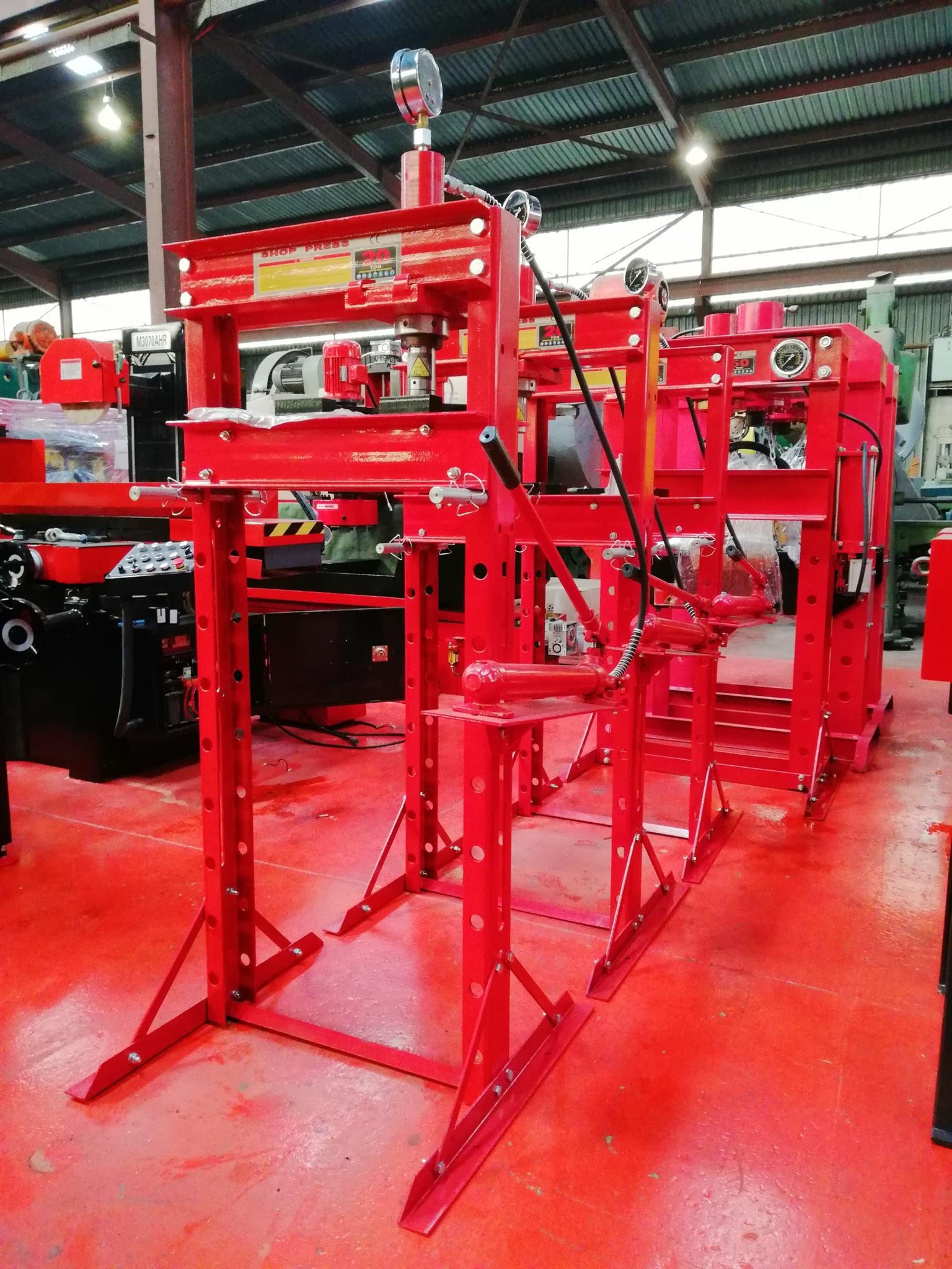 New Hydraulic Shop Press 20 Ton