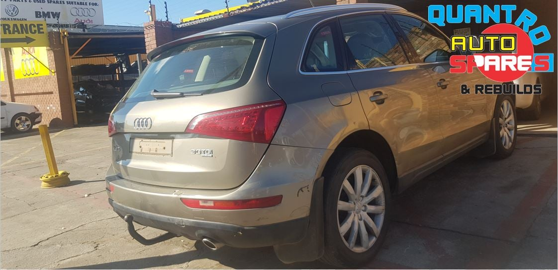 Audi Q5 3.0 tdi 2009 stripping for spares