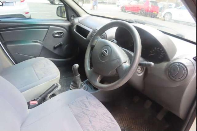 2013 Nissan NP200 1.6 16v SE