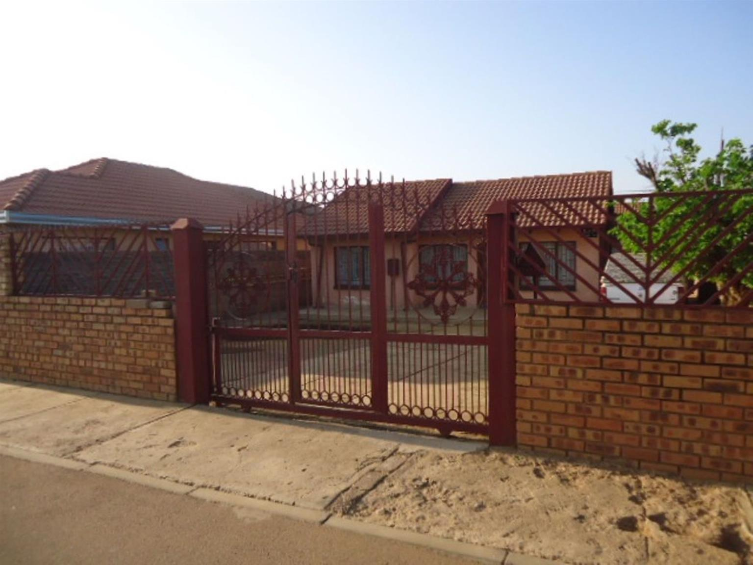 House For Sale in SOSHANGUVE
