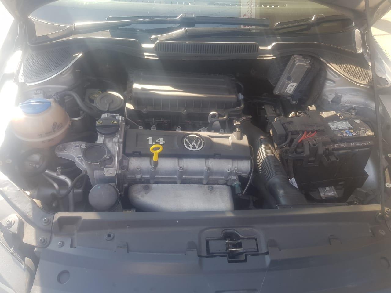 2015 VW Polo sedan POLO GP 1.4 COMFORTLINE