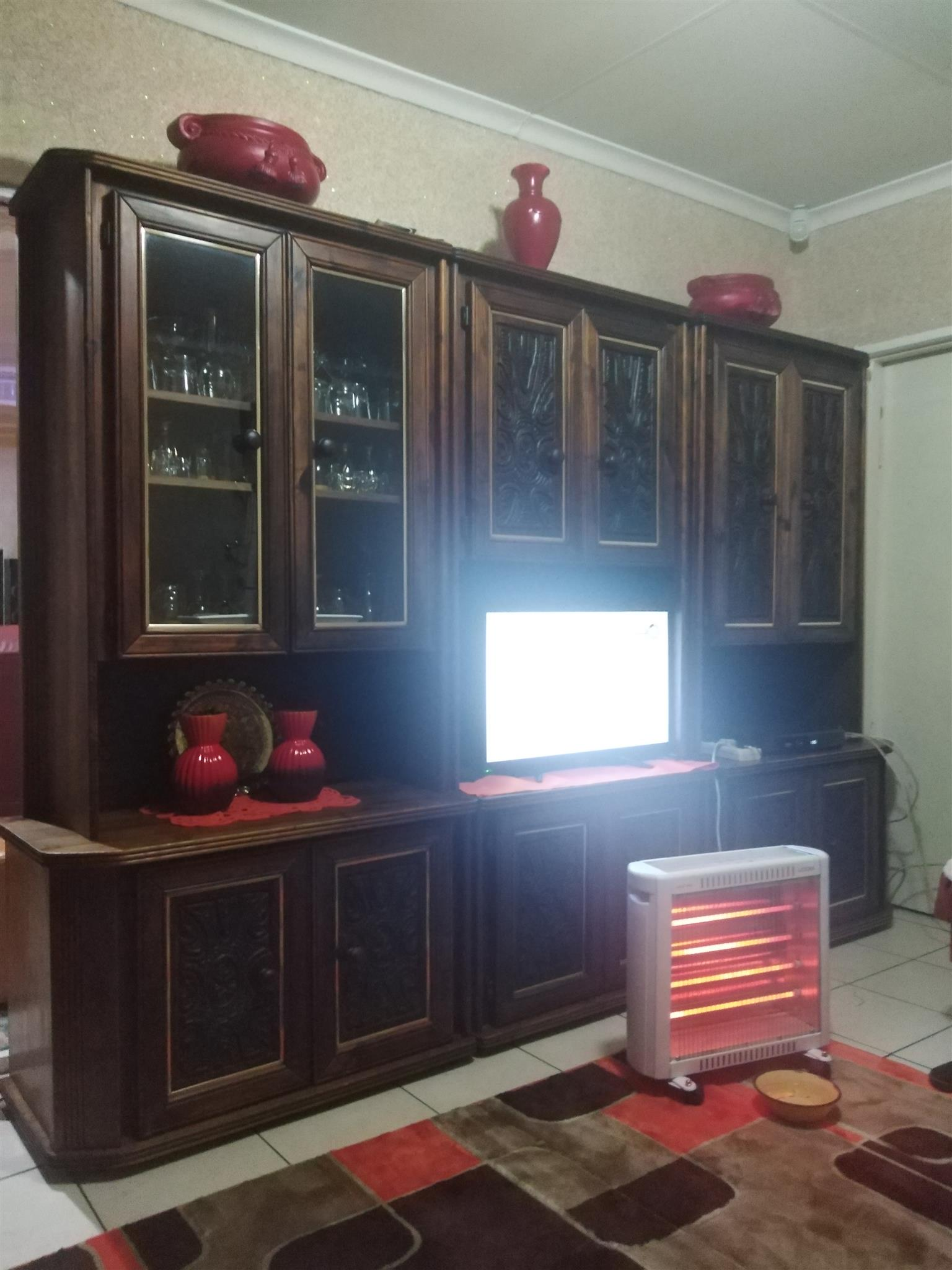Tv cabinet, room divide