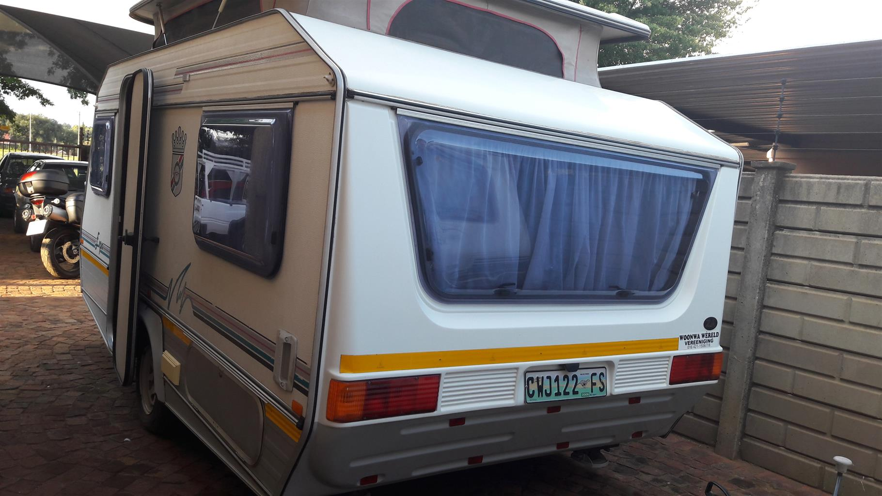 jurgens expo 1996 model in vereeniging tel nr 0835818449 with full tent in excellent condition must be seen