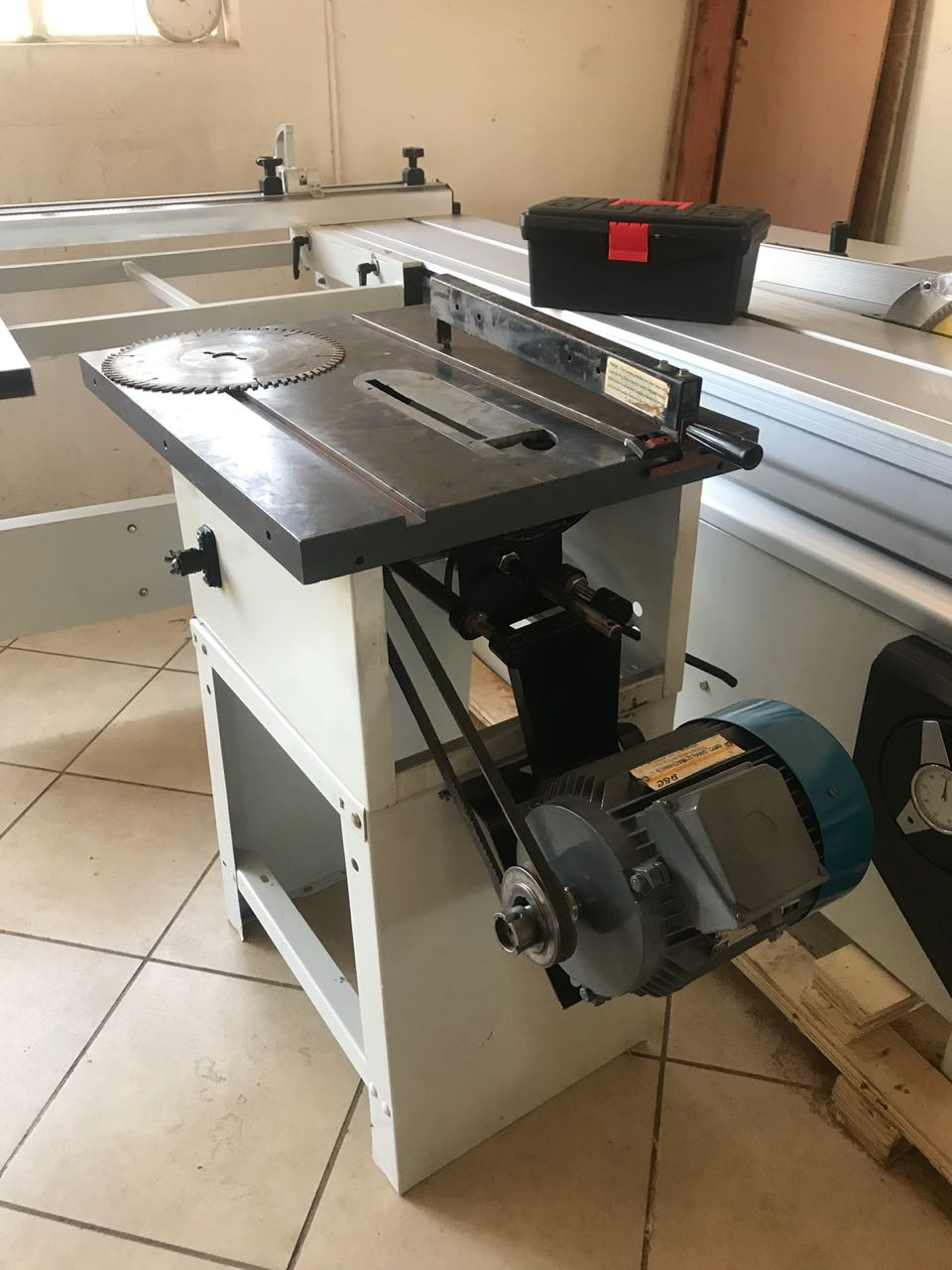 Table Saw Bench, 3.0kW, 380 Volt, Ø-254mm