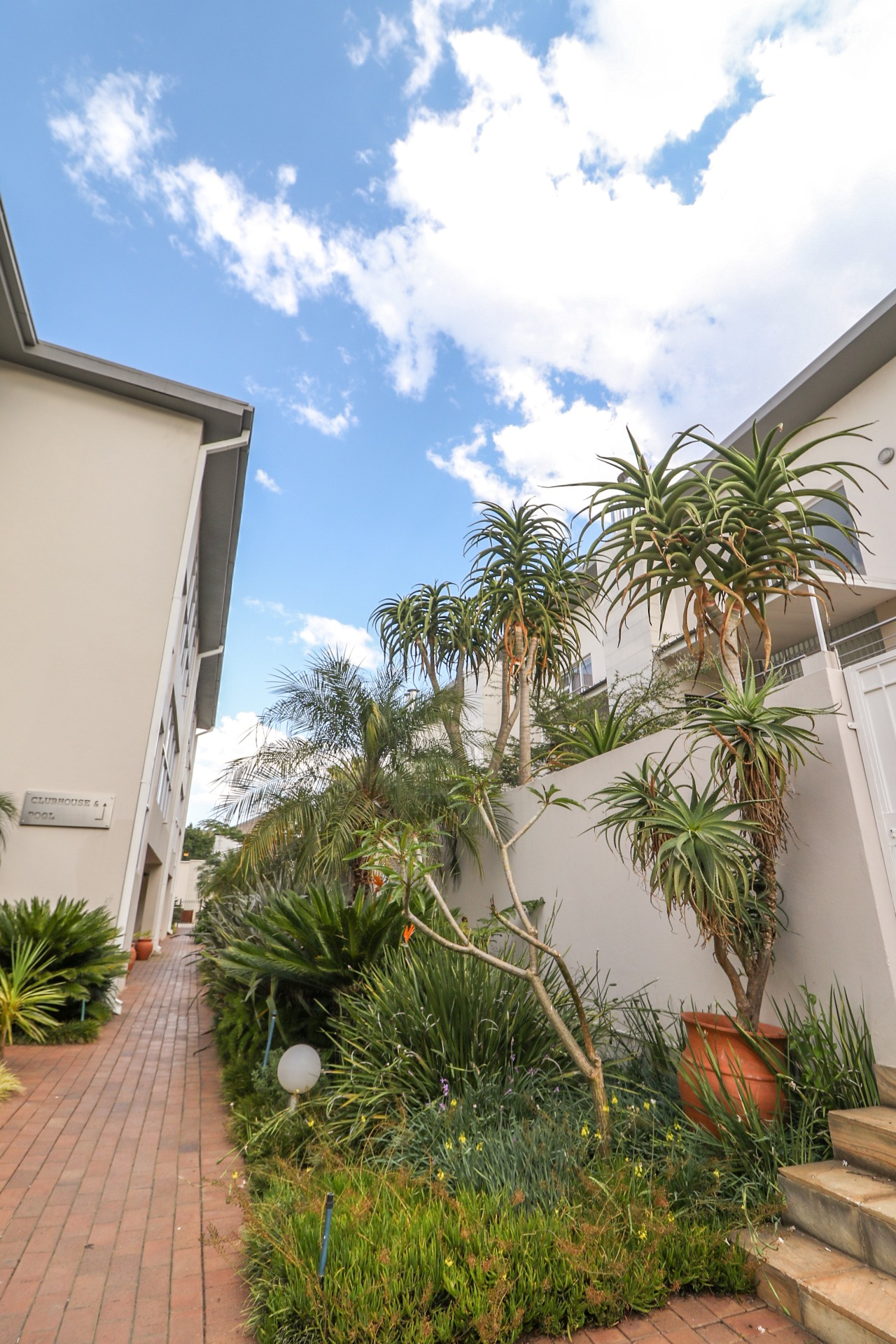 Apartment For Sale in Dunkeld West