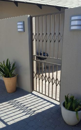 Expandable Security Gate Manufacturing Business
