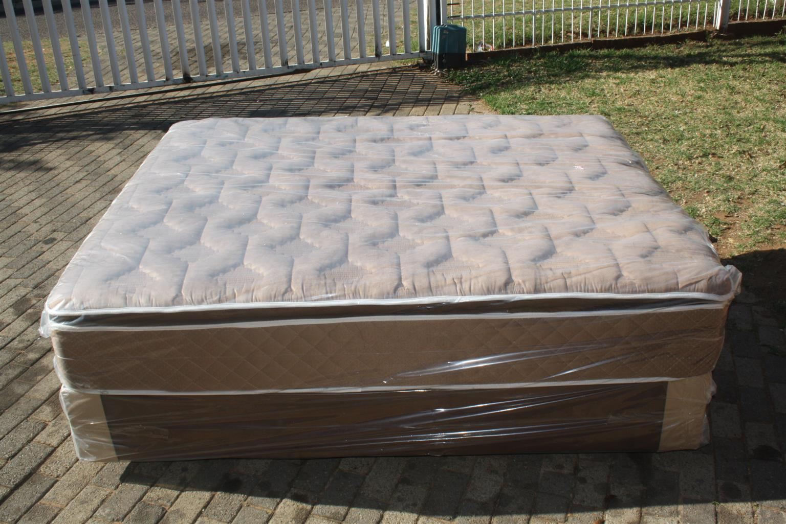 New King Size Restonic/Edblo/Sleepmasters/Comfy Max/Sealy Beds from R3900
