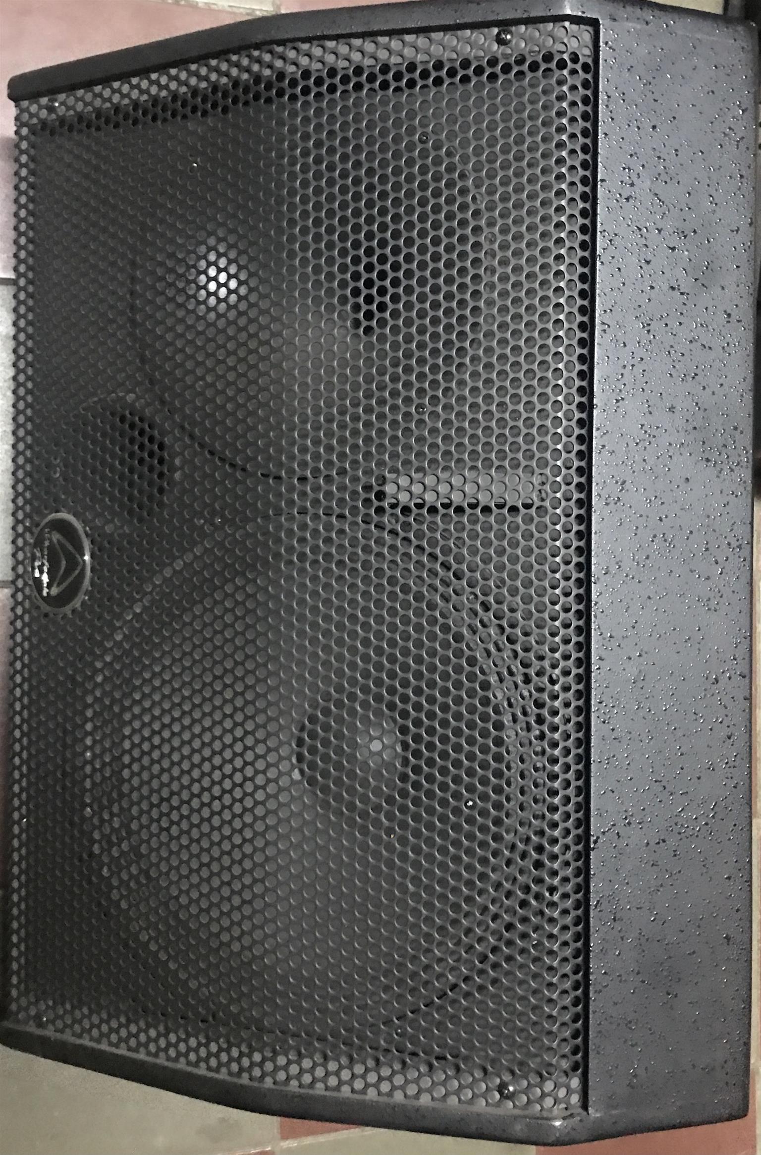 Samson Servo 600 amplifier and 2 Wharfedale stage monitors EVP-X12