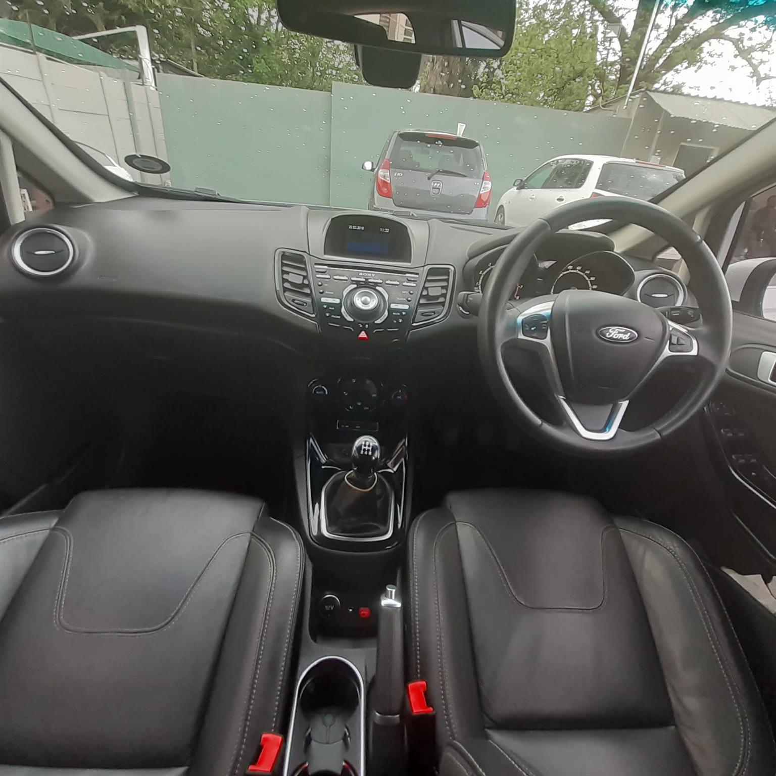 2016 Ford Fiesta 5 door 1.0T Trend