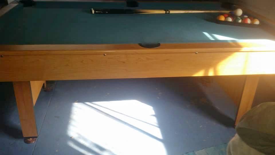 A Minnesota Fats pool table
