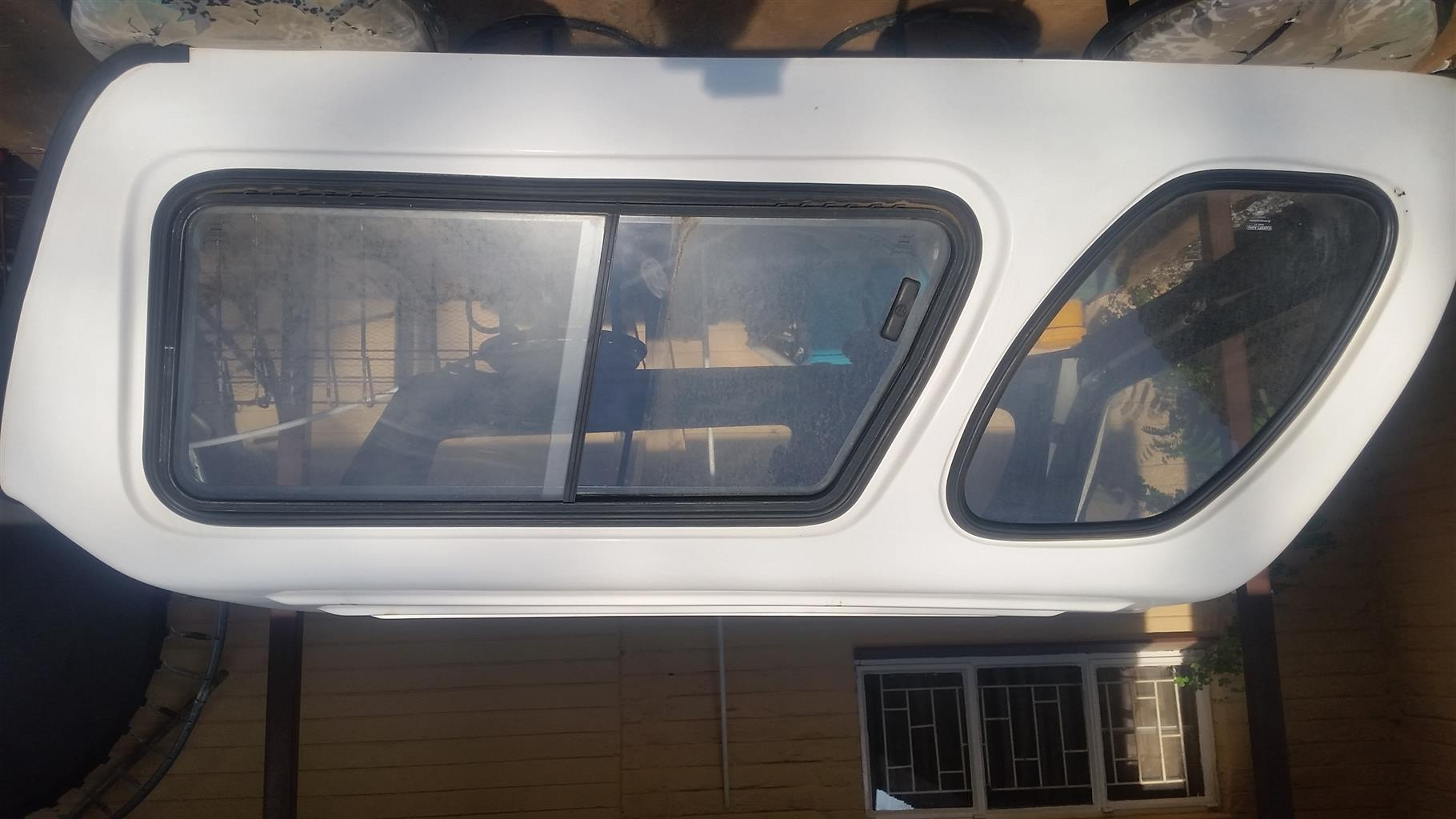 MP 200 Nissan conopy